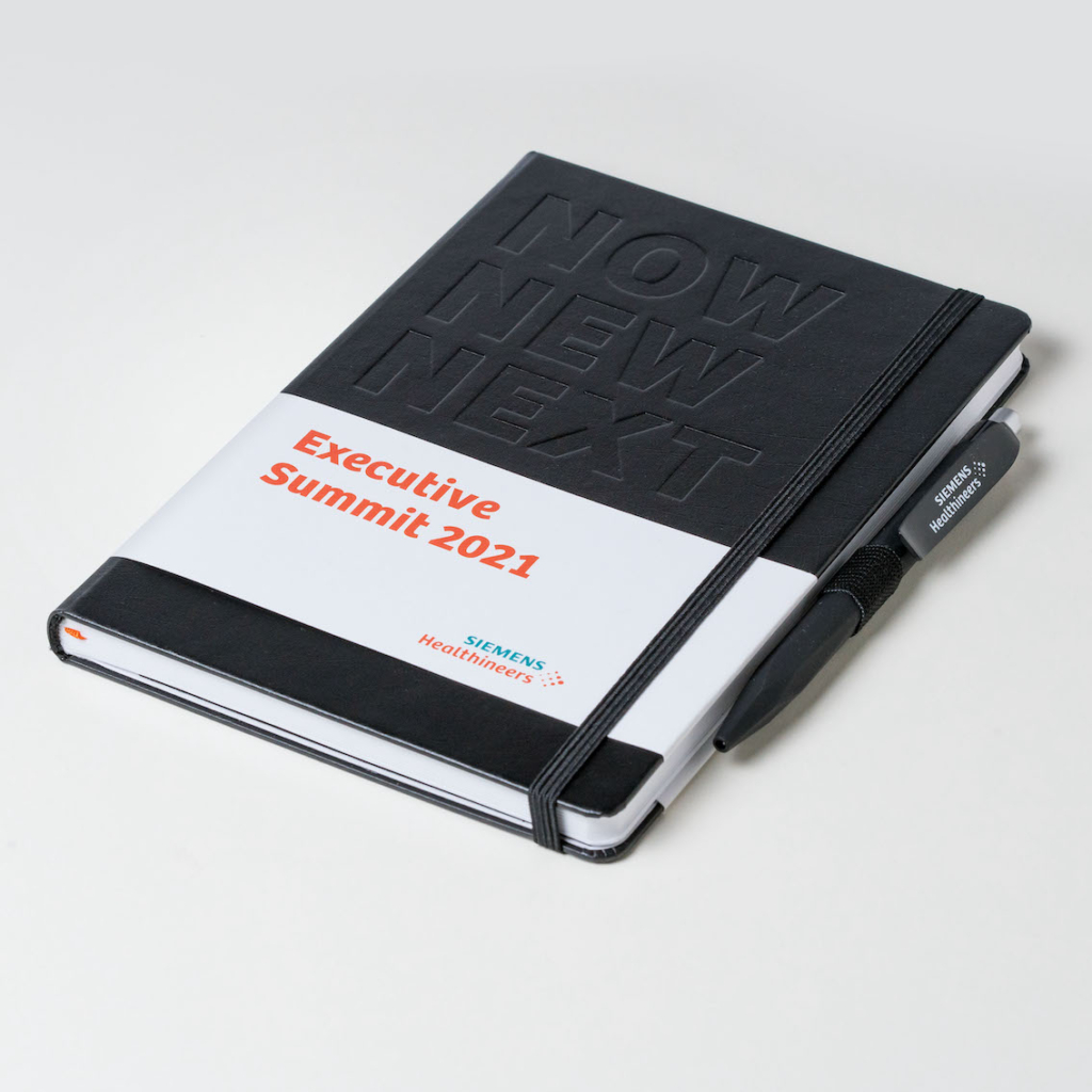 Notizbuch mit Banderole