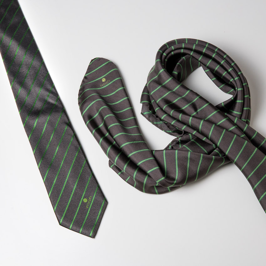 Krawatte mit Firmenlogo